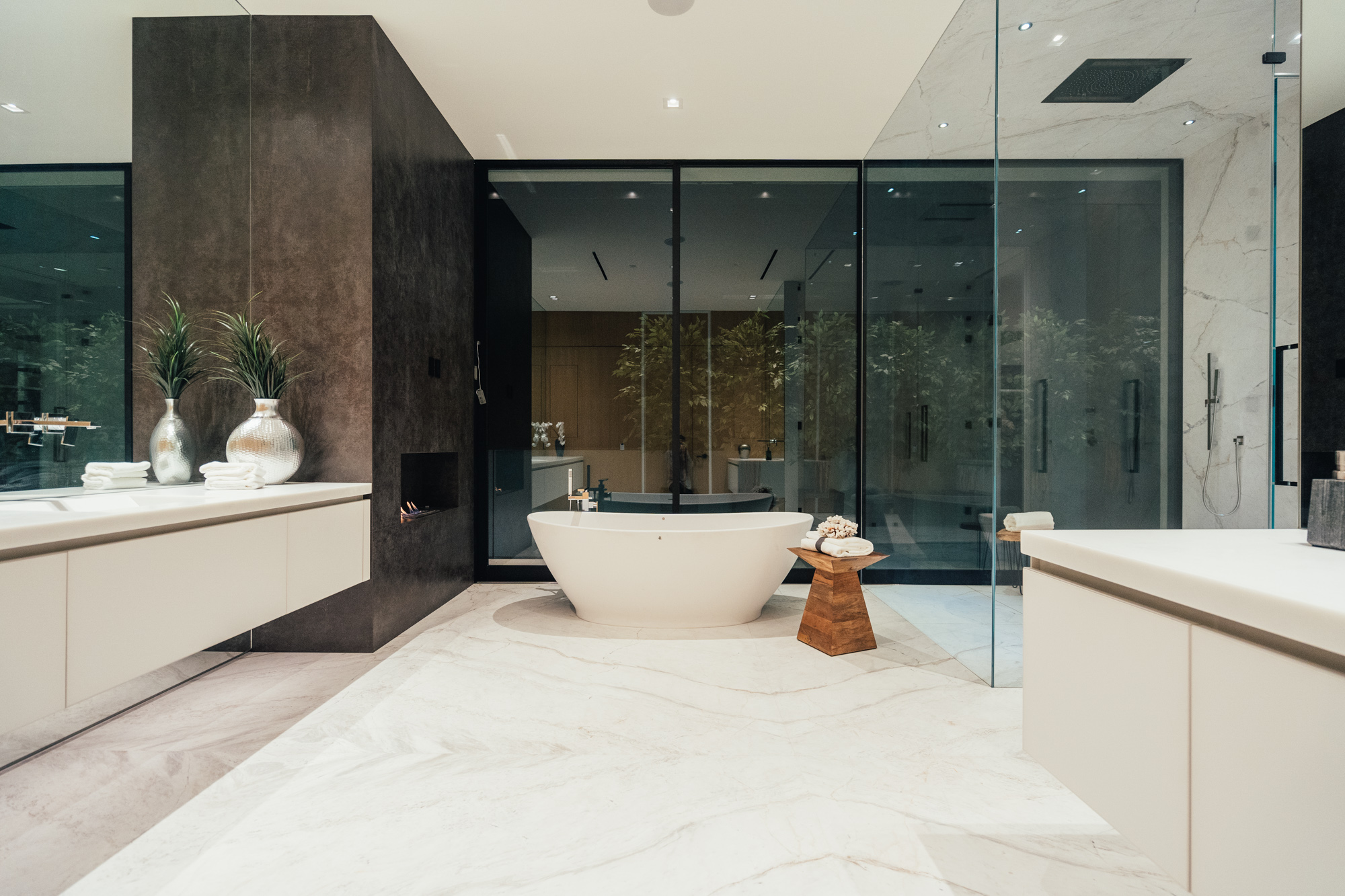 Blue Jay Way - Master Bathroom
