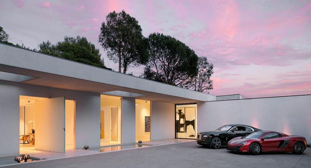 Hillcrest Residence